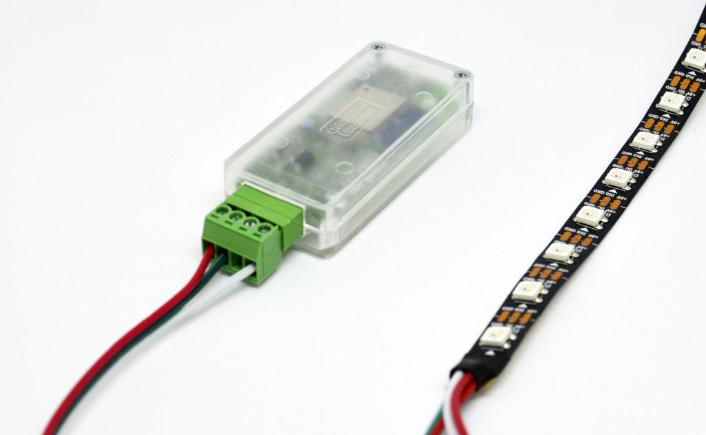 cod.m WLAN Pixel Controller in Gehäuse